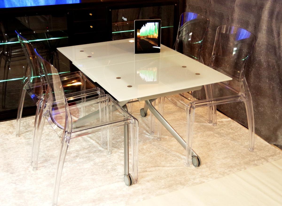 高さ37~82cm無段階調節昇降テーブル