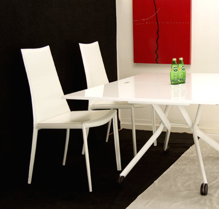 白い伸長昇降式テーブルセット