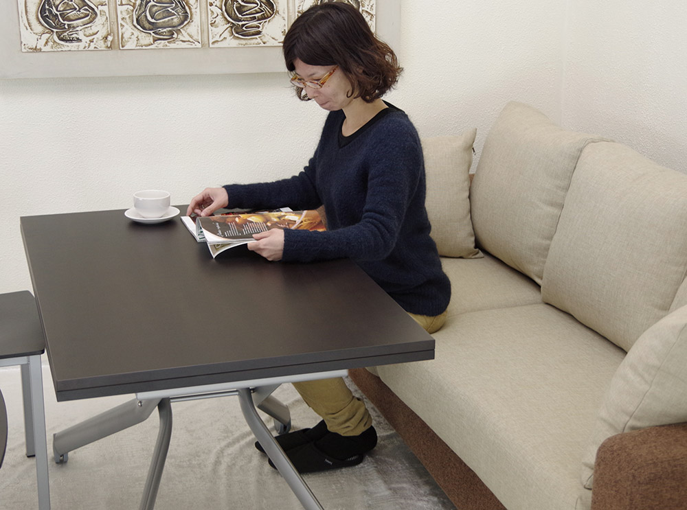 イタリア製リフティングダイニングテーブル