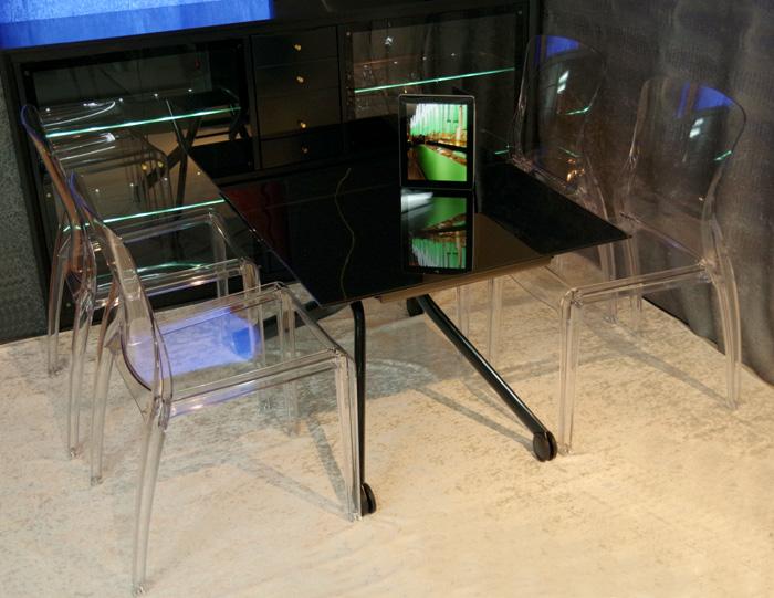 かっこいい黒ガラス高さ昇降テーブルいすセット