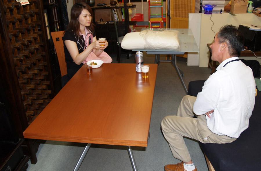 東京新宿伸張式リフティングテーブルの店