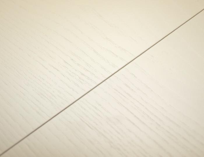 白いダイニングテーブル伸縮